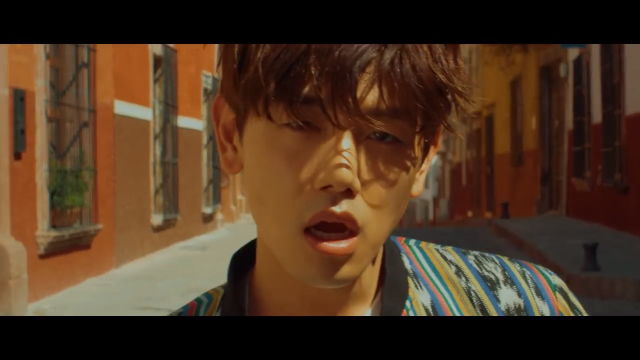 에릭남 (Eric Nam) - 솔직히 (Honestly…) MV 1-58 screenshot