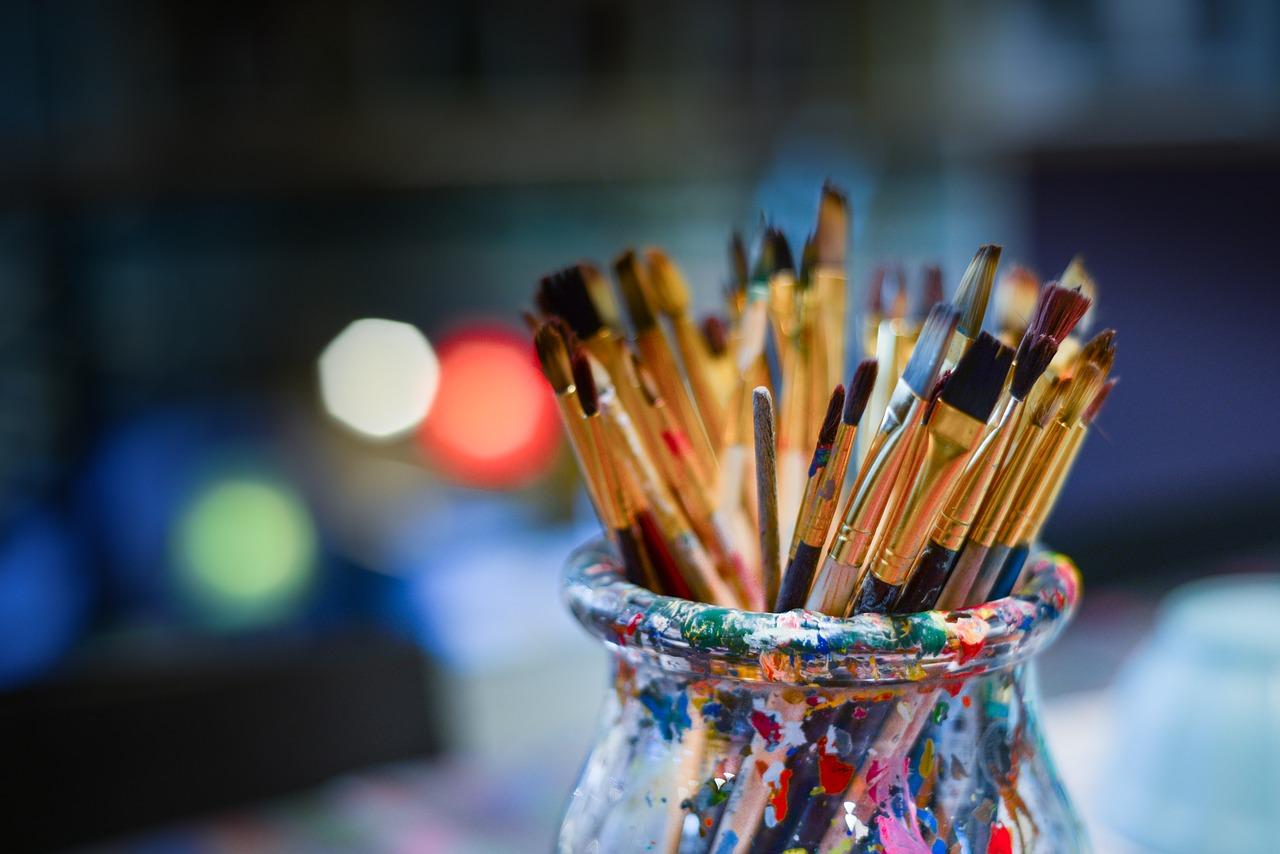 brushes-3129361_1280