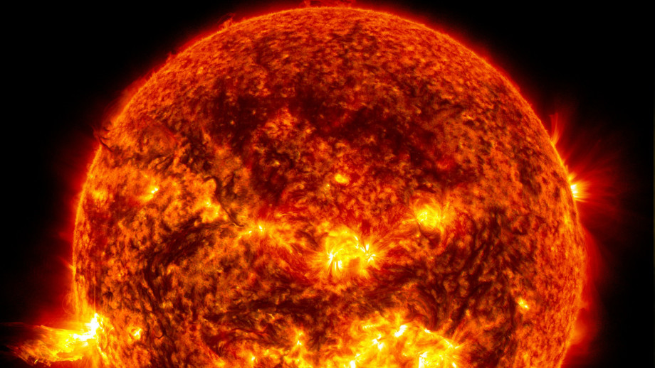 The HL-2M device is said to be capable of reaching temperatures of up to 200 million degrees Celsius (360 million degrees Fahrenheit). (Image: NASA)