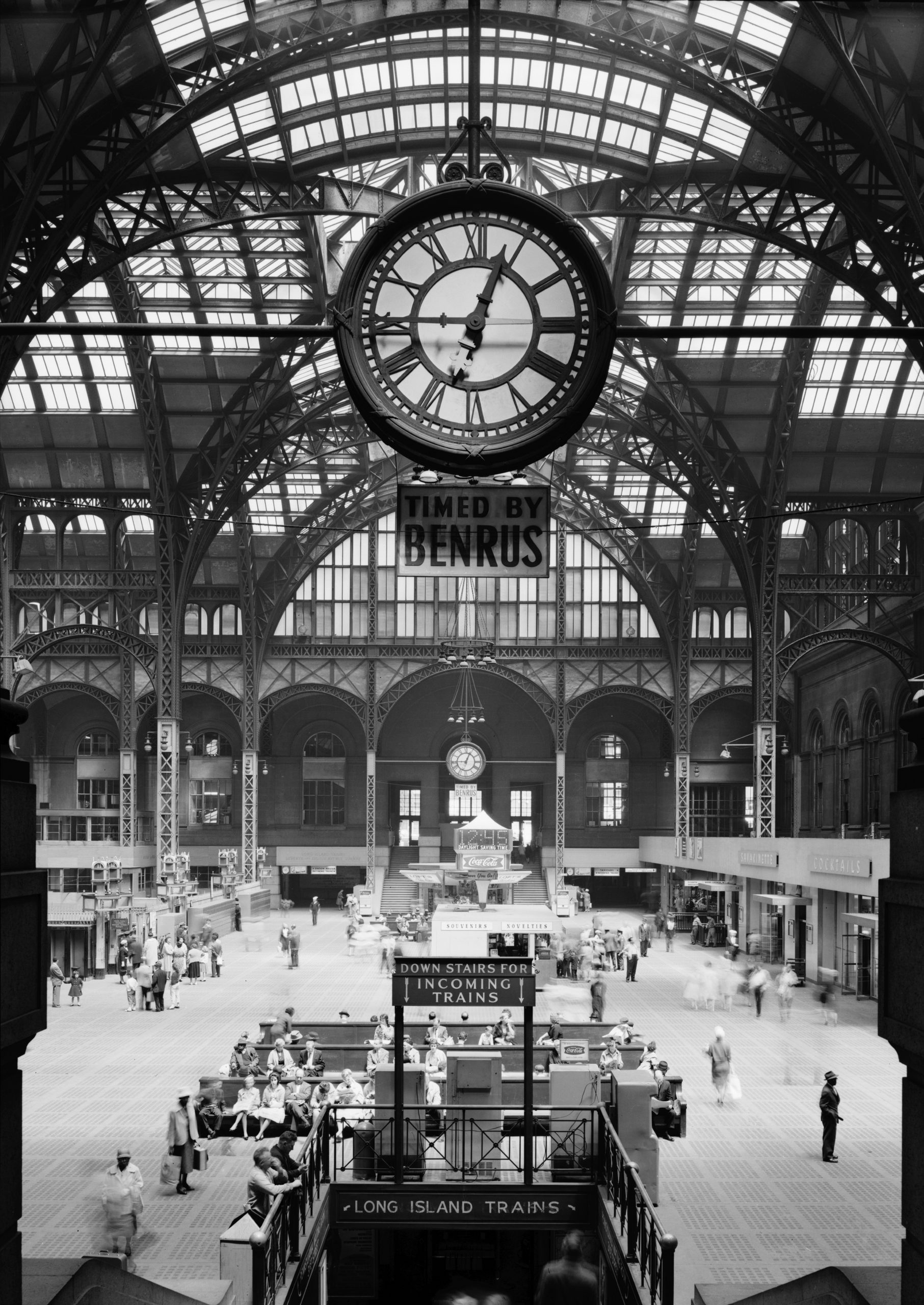 As the old Pennsylvania station was reduced to rubble, the New York City Landmarks Preservation Commission was established to prevent other landmarks from sharing the same fate. (Image: wikimedia / CC0 1.0)
