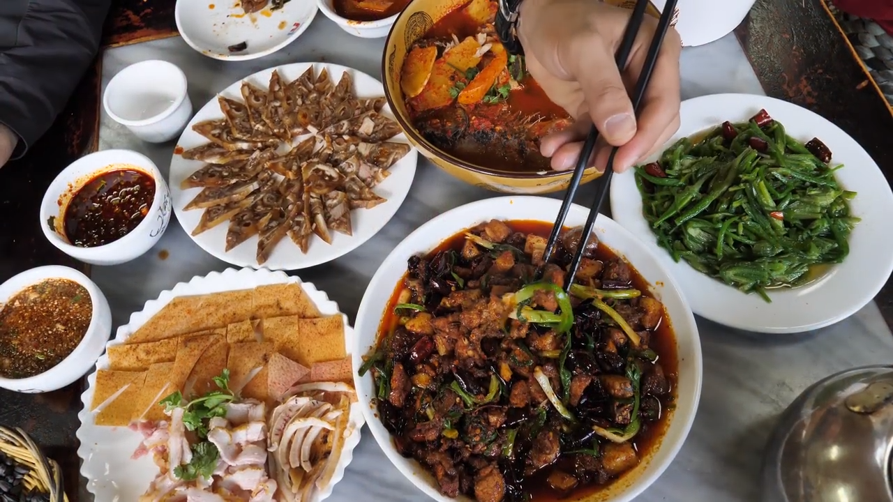 Chinese dishes have been adapted according to seasons.(Image: Screenshot / YouTube)
