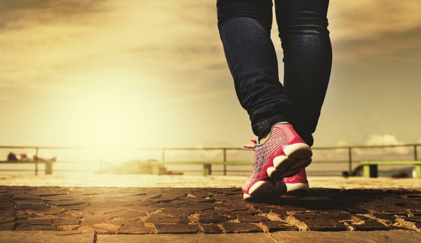 Most of the lifestyle-related diseases can be improved through exercise, especially walking. (Image: pixabay / CC0 1.0)