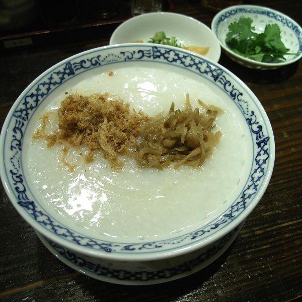 Chinese rice congee. (Image: Daiju Azuma via wikimedia CC BY-SA 2.5)
