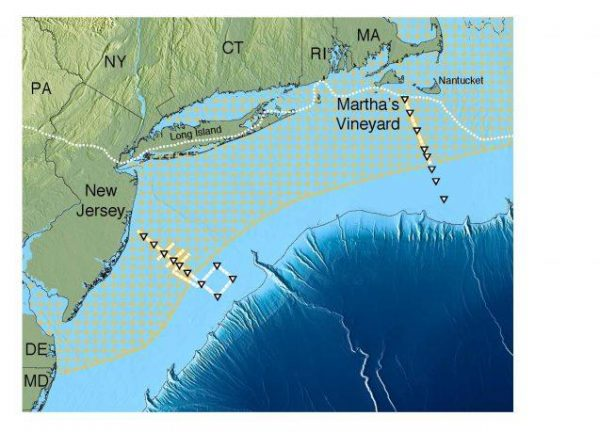 Scientists have mapped a huge aquifer off the U.S. Northeast (hatched area). Solid yellow or white lines with triangles show ship tracks. Dotted white line near shore shows edge of the glacial ice sheet that melted about 15,000 years ago. Further out, dark blue, the continental shelf drops off into the Atlantic abyss. (Adapted from Gustafson et al., 2019)