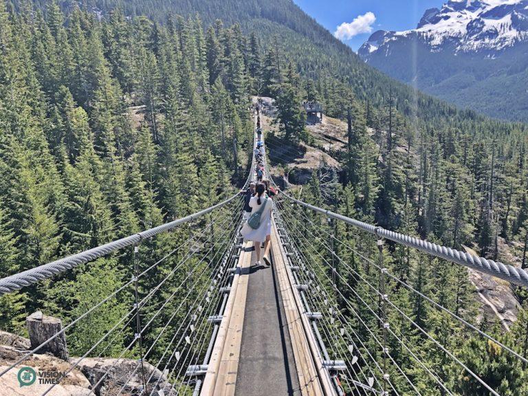 The Sky Pilot Suspension Bridge offers amazing 360 degree views of the Whistler area. (Image: Julia Fu / Nspirement)