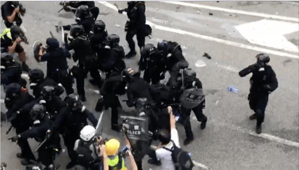 Hong Kong Protesters and Police