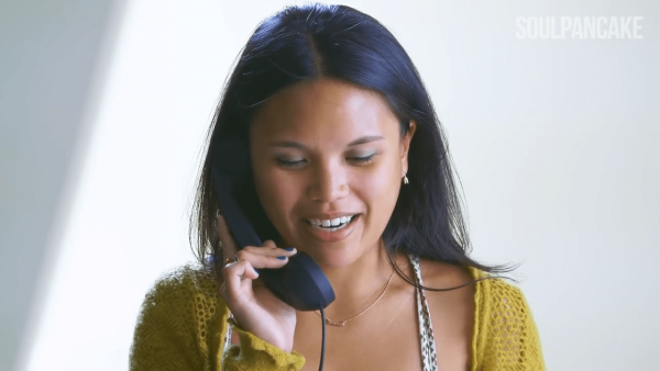 A good communicator facilitates mutual understanding, empathy, and support. (Image: Screenshot / YouTube)
