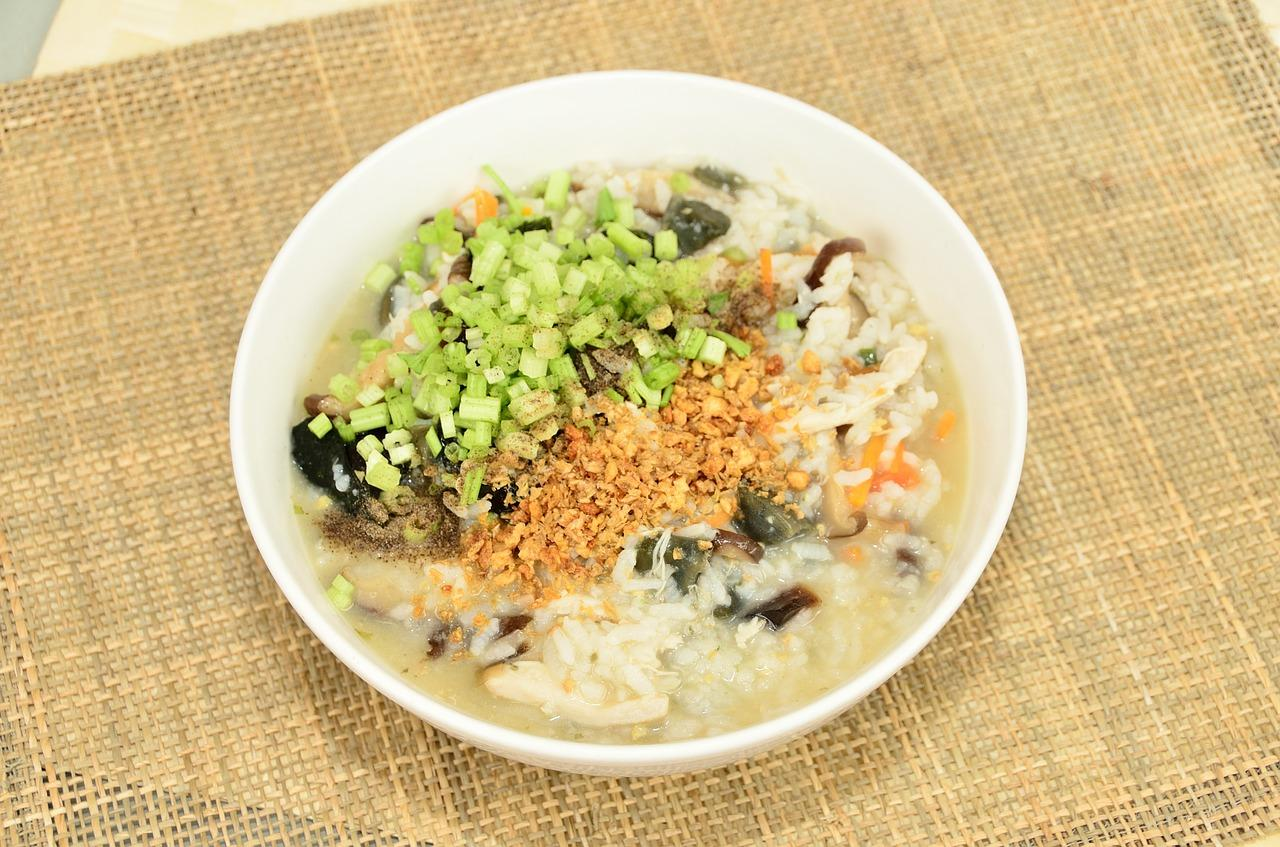 Congee is light and moist yet delicious which supports those with a weak appetite and even people who have no interest in eating. (Image: maxpixel / CC0 1.0)