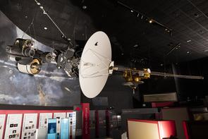 A full-scale mock-up of the Voyager spacecraft at the Smithsonian National Air and Space Museum. (Photo: Eric Long/Smithsonian National Air and Space Museum)