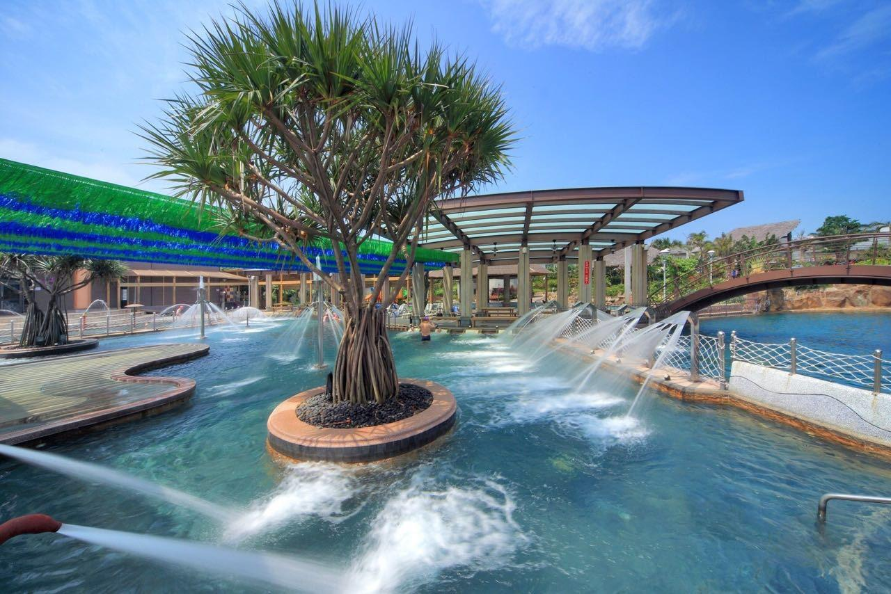The hot spring pools of a hot spring resort in Jinshan District (Image: Courtesy of Jin Yomg Quan Spa Hotsprng Resort 金湧泉溫泉會館)