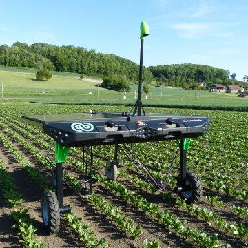 Robots are even working on weeding, something that was traditionally a human task or accomplished through herbicides. (Image: Successful Farming)