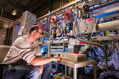 The success of a future high-energy hadron collider depends crucially on viable high-field magnets, and the international high-energy physics community is encouraging research toward the 15-tesla niobium-tin magnet. (Image: Fermilab)