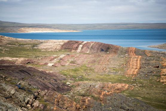 This photograph shows rocks from the Belcher Islands in Hudson Bay, Canada, from which doctoral candidate Malcolm Hodgskiss collected barite samples dating 2.02 to 1.87 billion years old. (Image credit: Malcolm Hodgskiss)