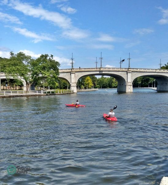 The Rideau Waterway is a great location for fishing, canoeing, motor boat and sailboat rides, and kayaks cruise. (Image: David Bohatyrez)