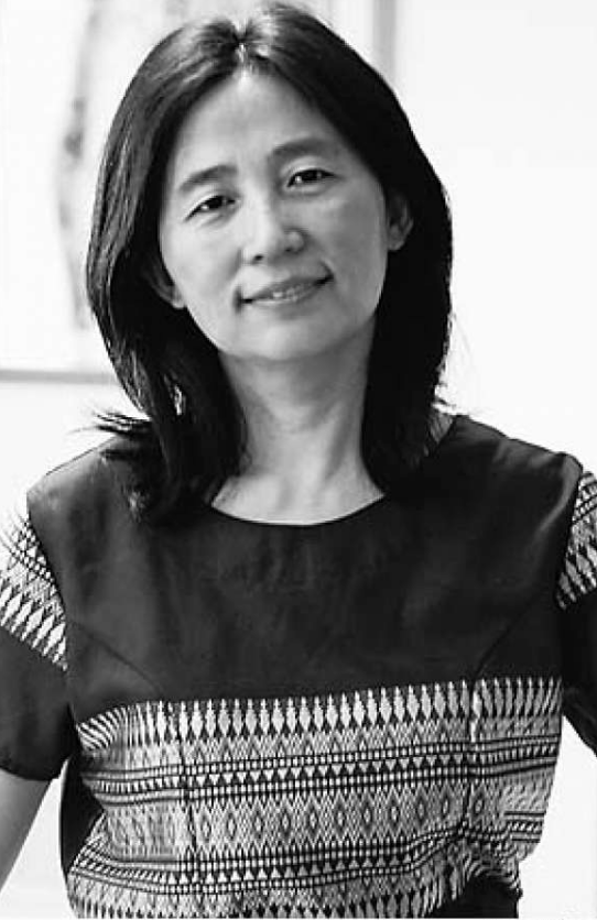 In her memoir Feather in the Storm, Ms. Wu Yimao recounted her stories of growing up in China during the Great Leap Forward and the Cultural Revolution. (Image: Gang Chen/sfgate.com )