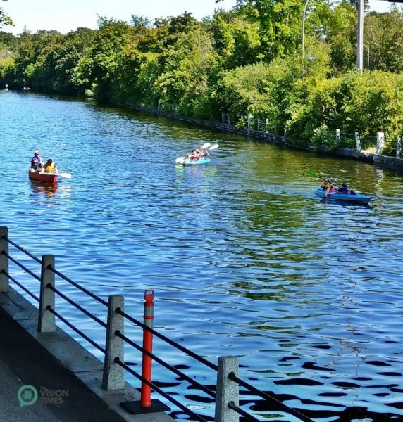 Today, the Rideau Canal is a popular destination in all four seasons. (Image: David Bohatyrez)