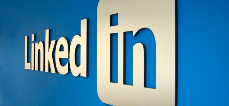China is using LinkedIn to recruit spies. (Image: inc.com)
