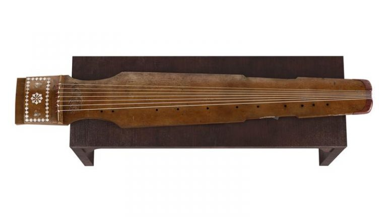 King Zhuan was an avid musician who enjoyed playing a musical instrument called the g (Image: Secret China)