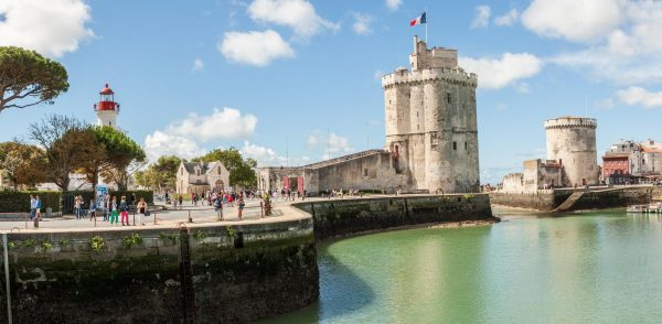 She was born in 1933 in the port city of La Rochelle, France, to parents who always had a positive outlook and loved each other. (Image: Petit Bleu Photos via flickr CC BY-SA 3.0)