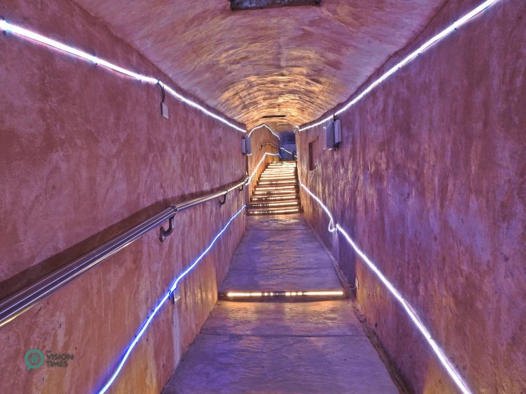 The Prayer Tunnel is decorated LED lights to make it more colorful. (Image: Julia Fu / Nspirement)