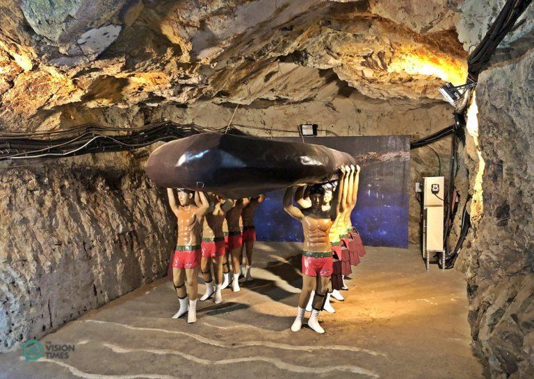 The exhibit of the ROC's elite amphibious frogman unit at the Beihai Tunnel. (Image: Julia Fu / Nspirement)
