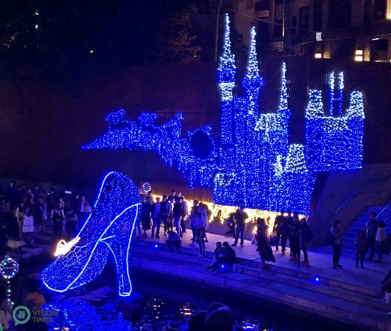 The sparkling installations featuring Disney character Cinderella at Liuchuan Canal in Taichung City. (Image: Billy Shyu / Nspirement)