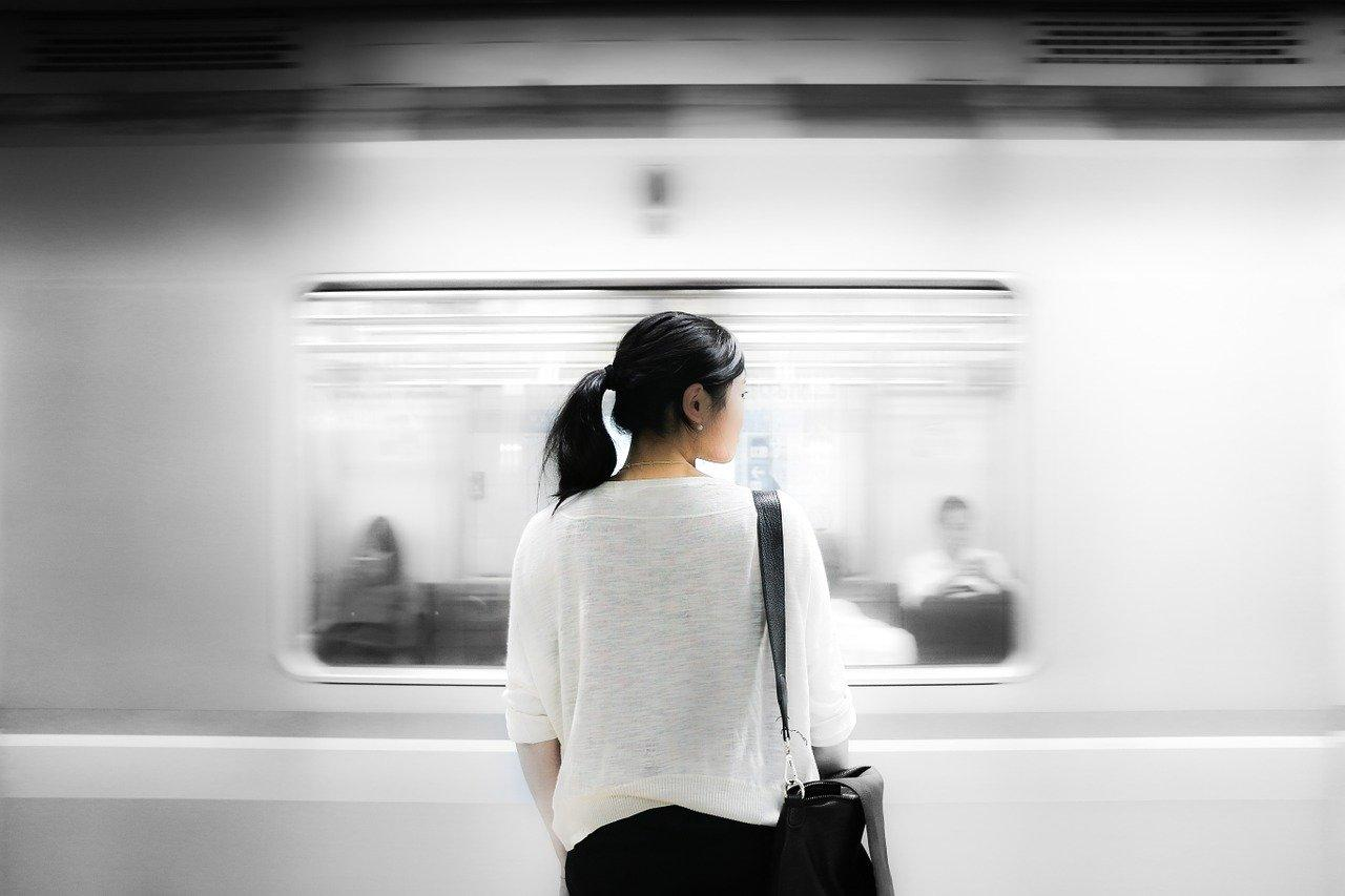 People who are found eating on the subway trains are usually fined up to RMB100 (US$20).(Image: maxpixel / CC0 1.0)