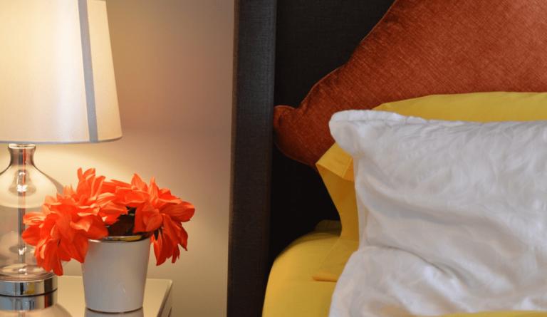 Sleep on a comfortable mattress and pillows. (Image: via pixabay / CC0 1.0)