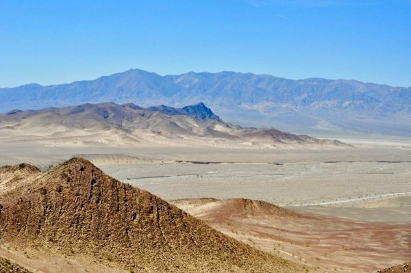 Layers of glacial deposits, Death Valley (California). (Image: Maxwell Lechte)