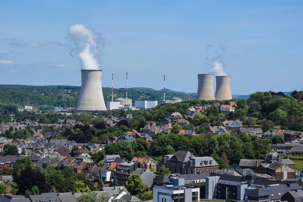 Nuclear power continues to expand globally, propelled, in part, by the fact that it produces few greenhouse gas emissions while providing steady power output. But along with that expansion comes an increased need for dealing with the large volumes of water used for cooling these plants. (Image: via pixabay / CC0 1.0)