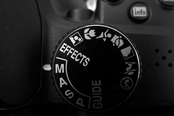 A good way for some people to transition from shooting in full auto to shooting in full manual is to utilize your camera's semi-automatic modes. (Image: via pixabay / CC0 1.0)