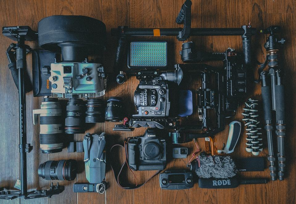 Focus your effort on those, not on collecting camera equipment that will most likely sit in your camera bag. (Image: via pixabay / CC0 1.0)