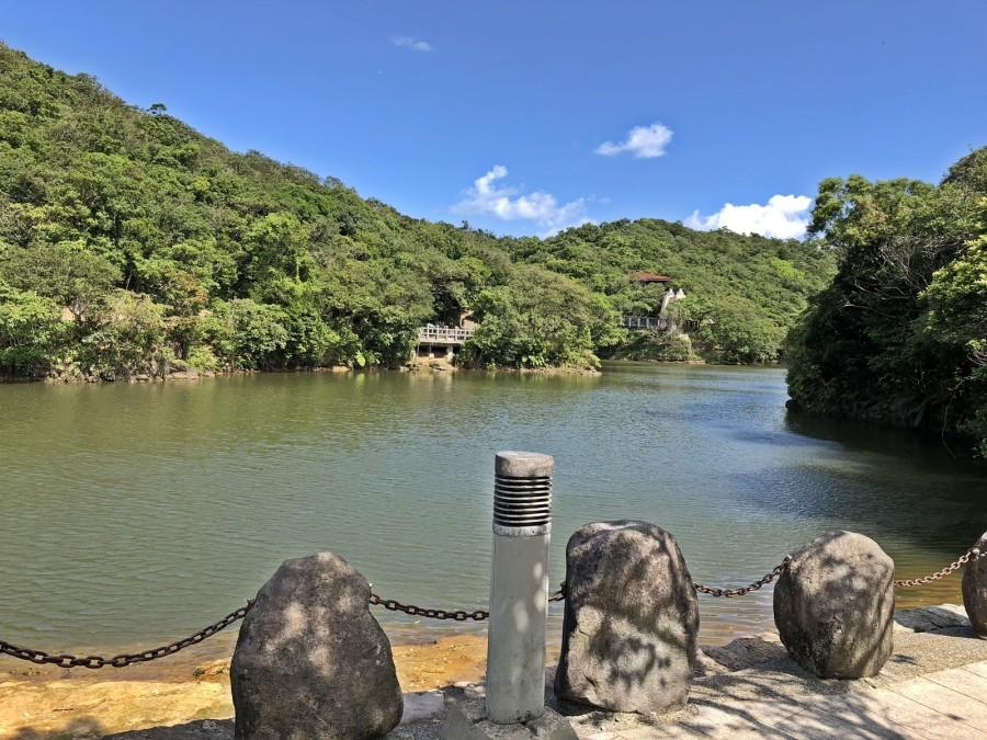 The Lover's Lake is romantic destination for visitors to enjoy the natural beauty of Keelung City. (Image: Billy Shyu / Vision Times)
