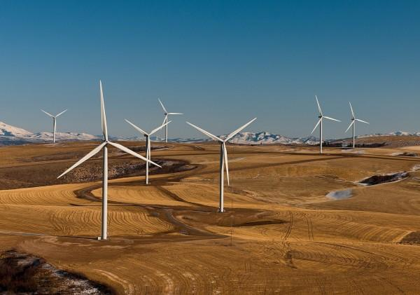 In Tasmania, Cattle Hills Wind Farm is owned by a Chinese state-owned listed enterprise whereas in New South Wales, on September 1, 2017, Yancoal Australia Ltd (Chinese firm) acquired Rio Tinto's Coal & Allied Hunter Valley thermal coal business. (Image: Pixabay / CC0 1.0)