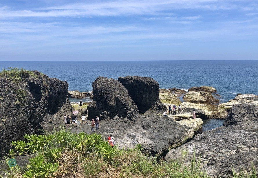 There are many sea-eroded spectacles at the Shimen Recreation Area. (Image: Billy Shyu / Vision Times)