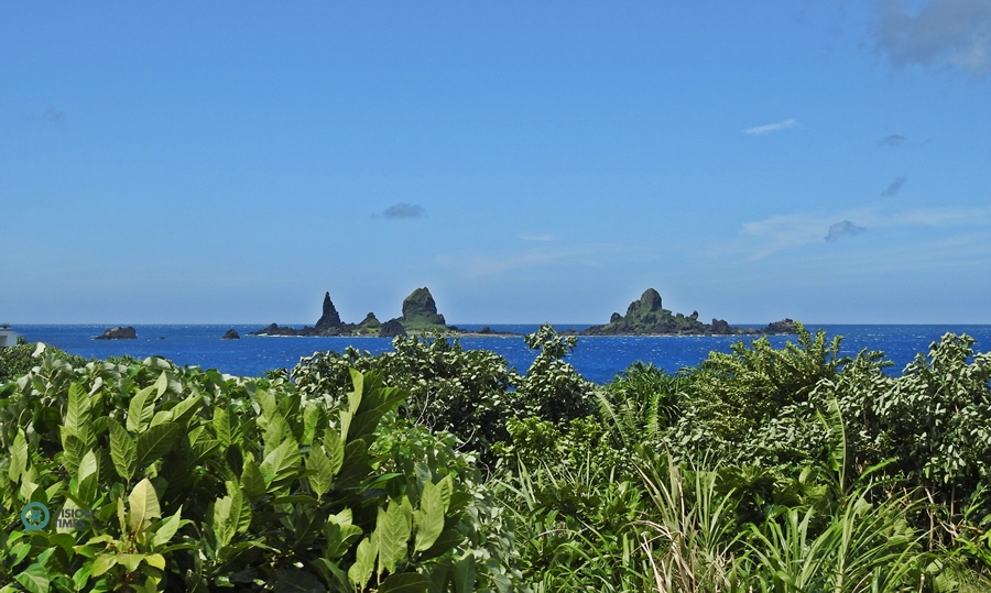 The Battleship Rock (軍艦岩) in Orchid Island. (Image: Billy Shyu / Vision Times)