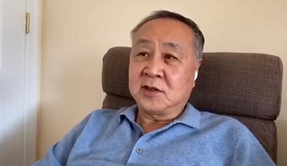 Elmer Yuen gives an interview.
