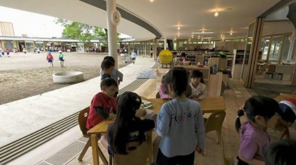 The kindergarten follows the Montessori method of teaching in which the kids are given full freedom to learn through discovery.
