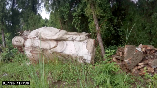 What remains of the Guanyin statue from the Zhuanlun Temple