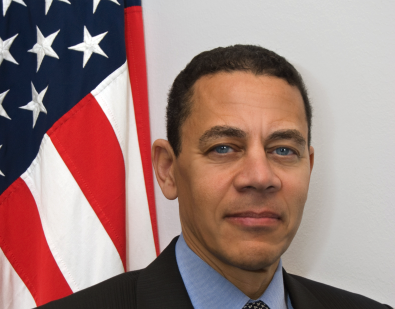 Official photo from circa 2009 of then-U.S. Ambassador to the E.U. William Kennard. Kennard was elected chairman of the board of AT&T in March 2020. (Image: U.S. Department of State)