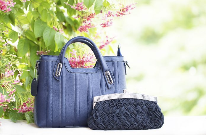 DUANMU is setting an awe inspiring standard in the world of luxury handbags.