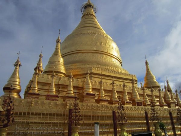 Myanmar-Burma-temple_traditional_architecture