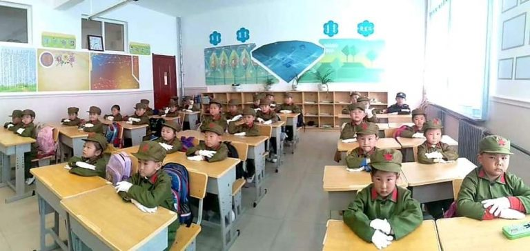 Mongolian-students-receive-military-training