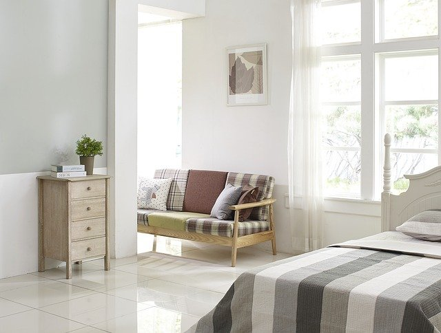 Feng shui guidelines for positioning your bed.