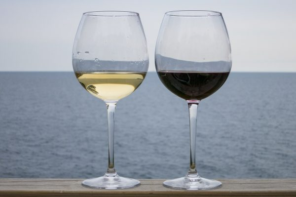 glass wines by the beach