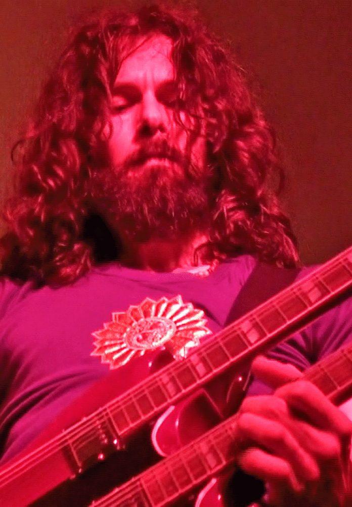 Matthew_Cairns_Led_Zeppelin_tribute_band