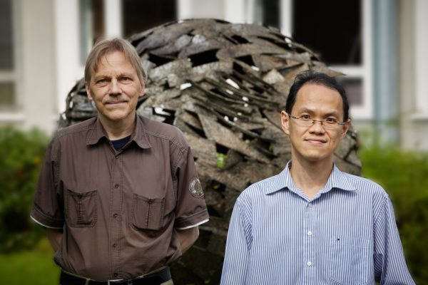 Prof. Dr. Ulf-G. Meißner (left) and Dr. Chien Yeah Seng (right) say there is evidence a new physics is required to replace the Standard Model.